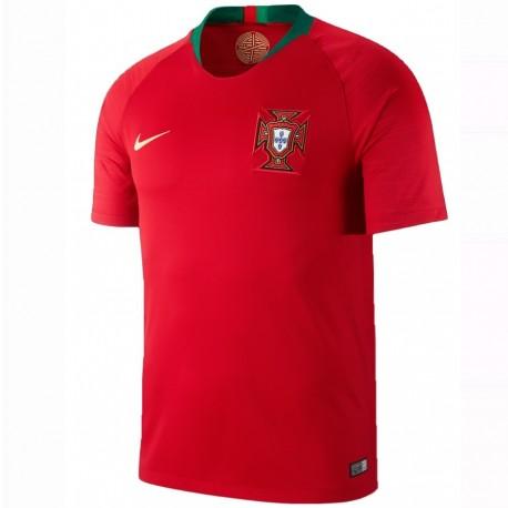 Portugal football team Home shirt 2018/19 - Nike