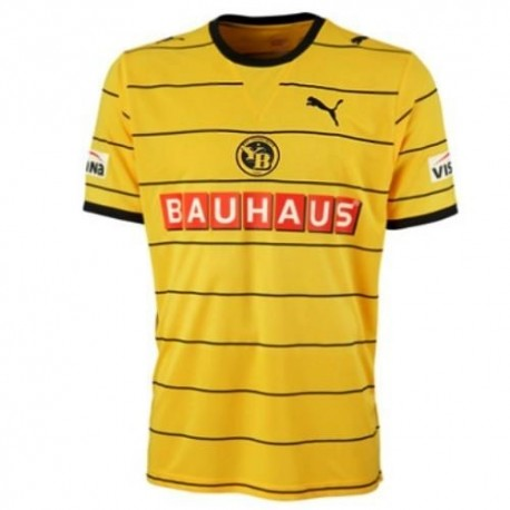 BSC Young Boys Home Jersey 2011/12 Player Issue for race-Puma