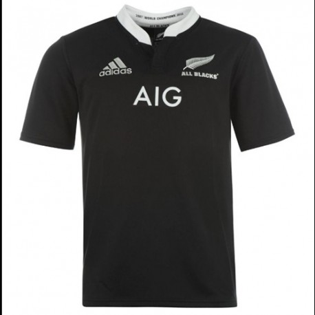 The national New Zealand Rugby jersey 2013/14 Home