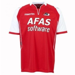 Az Alkmaar Football Jersey 2011/12 Home-Macron
